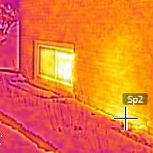 thermal image of outside wall, showing hotspot